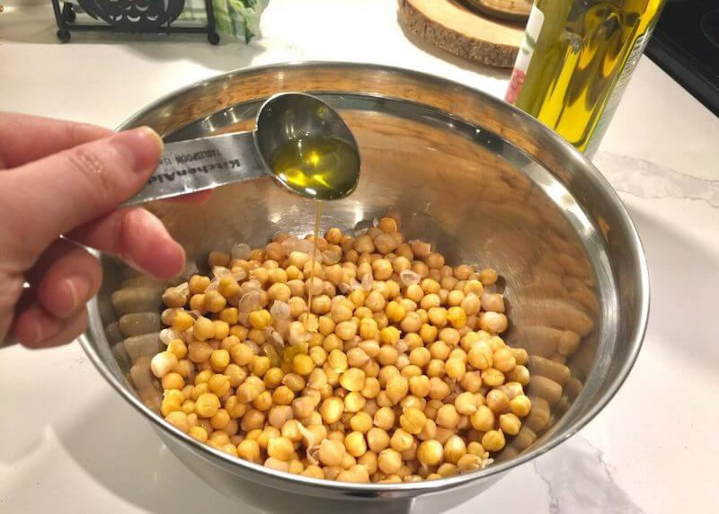 Chickpeas with Olive Oil